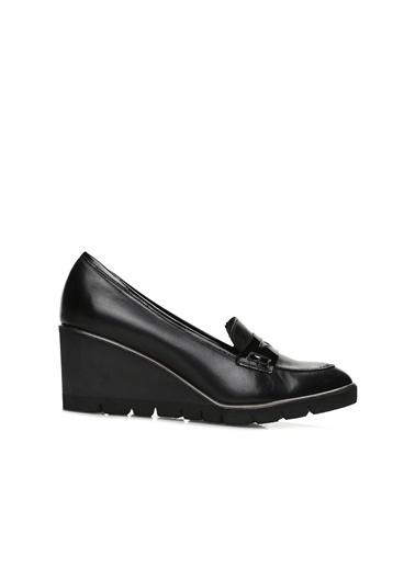 Divarese Divarese 5023927 Kadın Deri Ayakkabı Siyah